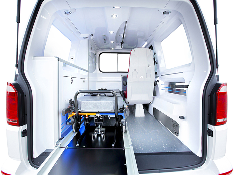 gifa-ambulances_02_volkswagen-transporter_starvan_les-plus-produit_media1_800x600