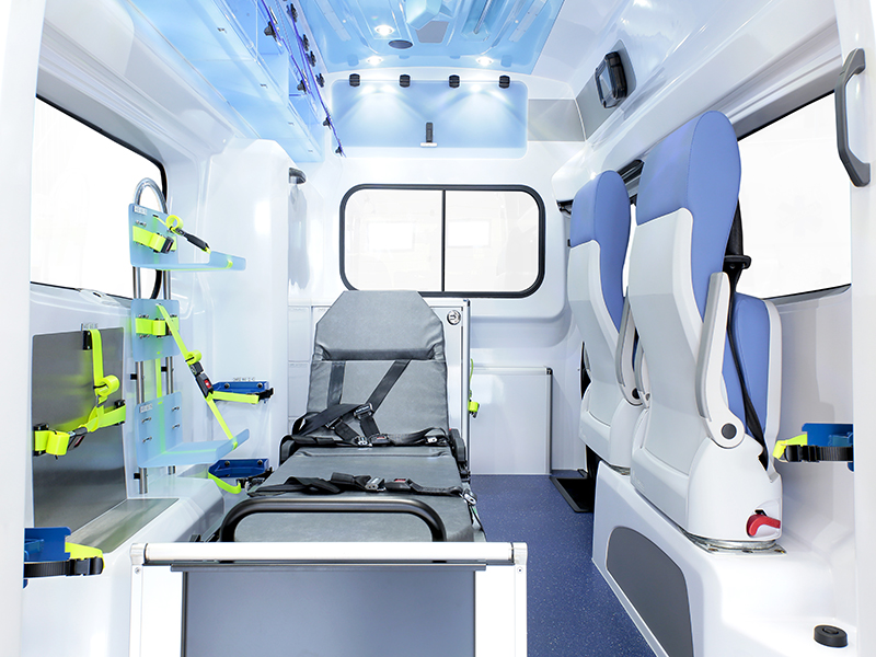 gifa-ambulances_07_renault-trafic-L2H2_grand-polaris_les-plus-produit_media1_800x600