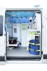 ambulances renault ou opel